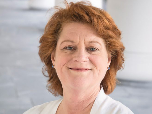 Angela Linse